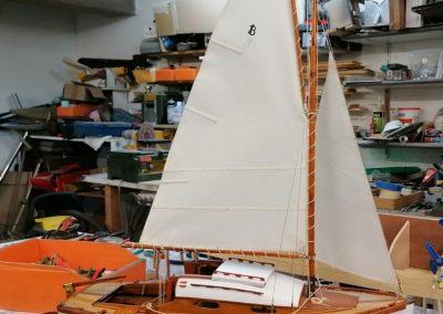 vue globale galerie construction de maquette de Bélouga,bateau de plaisance,voilier croiseur côtier