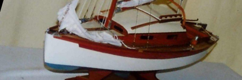 Maquette de bateau Bélouga Bateau de plaisance Voilier croiseur côtier