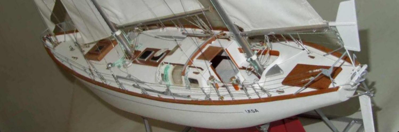 Maquette de bateau Gipsy Moth IV Bateau de course au large Voilier