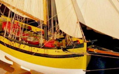 Maquette du Renard – Bateau de guerre de course – Bateau du corsaire Surcouf – Côtre à hunier