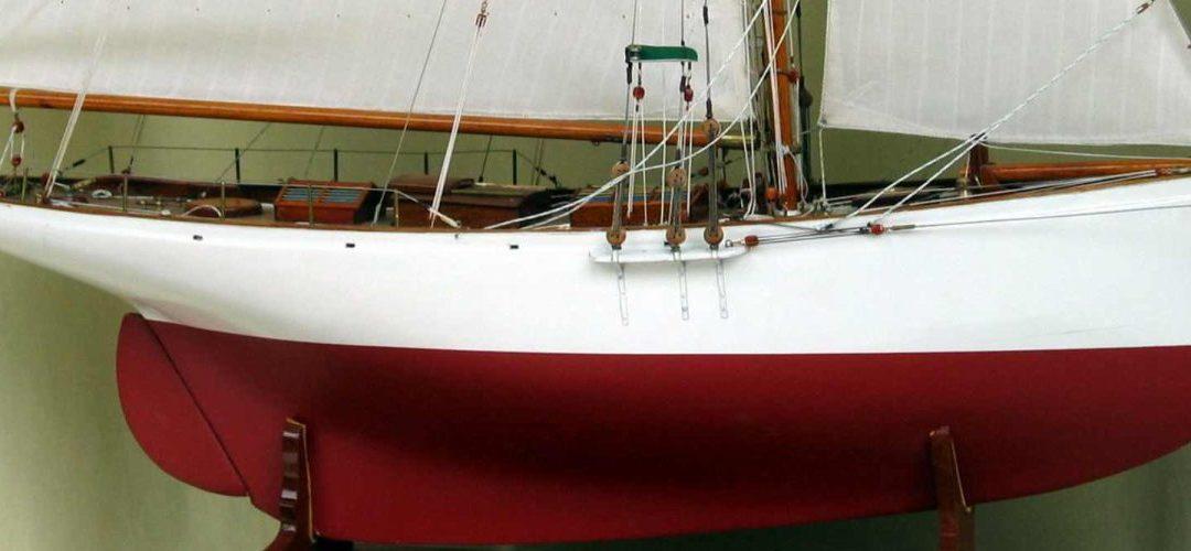 Maquette de Partridge – Bateau – Yacht classique – Voilier – Côtre aurique – Plan Camper & Nicholsons