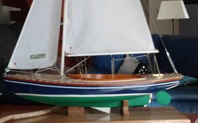 Maquette de Tofinou 7 – Bateau de plaisance – Voilier – Day boat à quille relevable – Plan Paul Merle