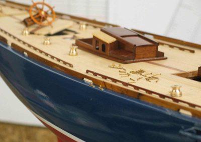 Maquette de bateau Endeavour Yacht classique Voilier Coupe América classe J
