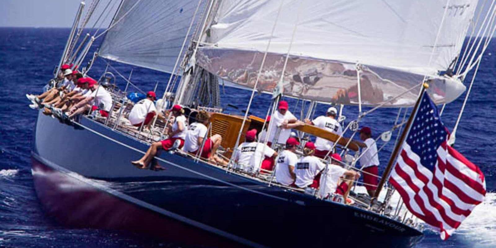 Maquette de Endeavour Bateau Yacht classique Voilier Coupe América classe J