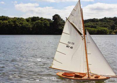 Maquette navigante de NY 40 Bateau Yacht classique Voilier