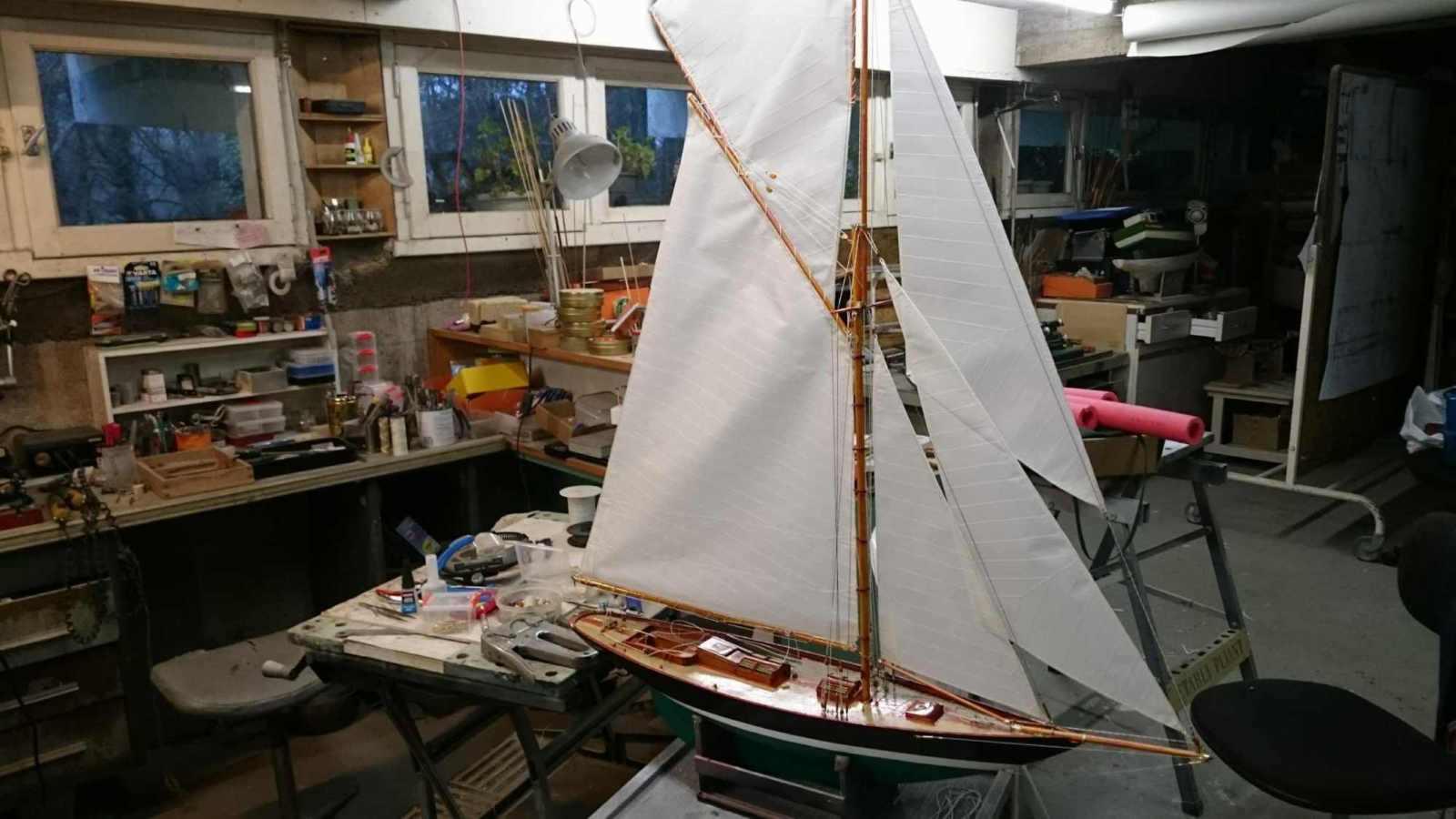 Maquette de Pen Duick Bateau de Tabarly Yacht classique Voilier Plan William Fife