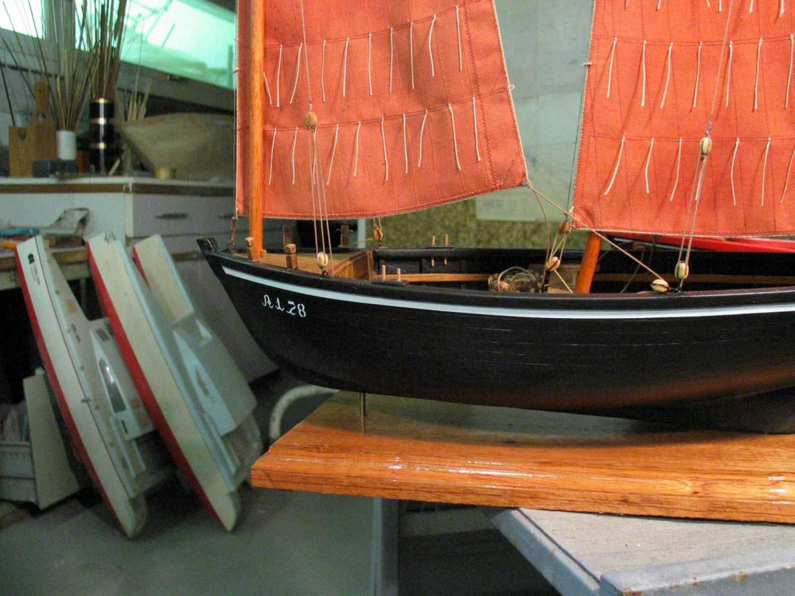 Maquette de Sinago du Morbihan Bateau de pêche ancien à voile