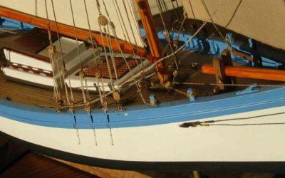 Maquette de Espiègle Port de La Tremblade – Sloop ostréicole du Pertuis – Bateau de pêche ancien à voile