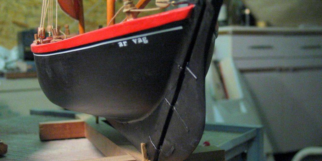 Maquette de bateau Sinago du Morbihan Bateau de pêche ancien à voile
