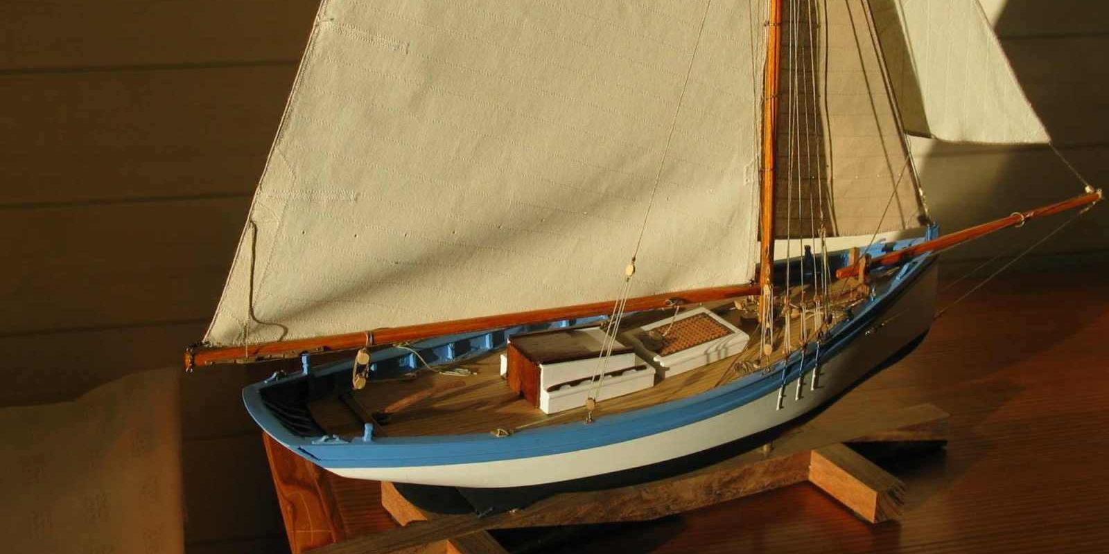 Maquette de Espiègle Port de La Tremblade Sloop ostréicole du Perthuis Bateau de pêche ancien à voile