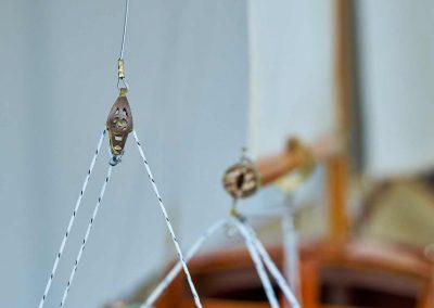 Belles maquettes de bateaux haut de gamme, yachts classiques, voiliers de tradition ou de légende, bateaux historiques, vieux gréements, décoration marine – Fabrication artisanale en Bretagne, de qualité supérieure, sur mesure et personnalisable