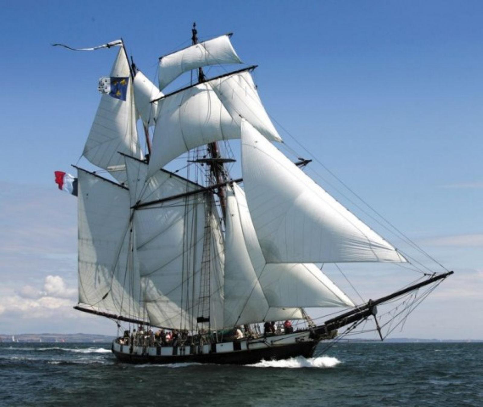 Maquette de bateau Thonier Bateau de pêche ancien à voile