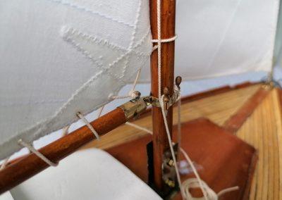 galerie détails, bôme et vit de mulet de maquette de Bélouga,bateau de plaisance,voilier croiseur côtier