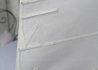 galerie détails, goussets de lattes grand voile de maquette de Bélouga,bateau de plaisance,voilier croiseur côtier