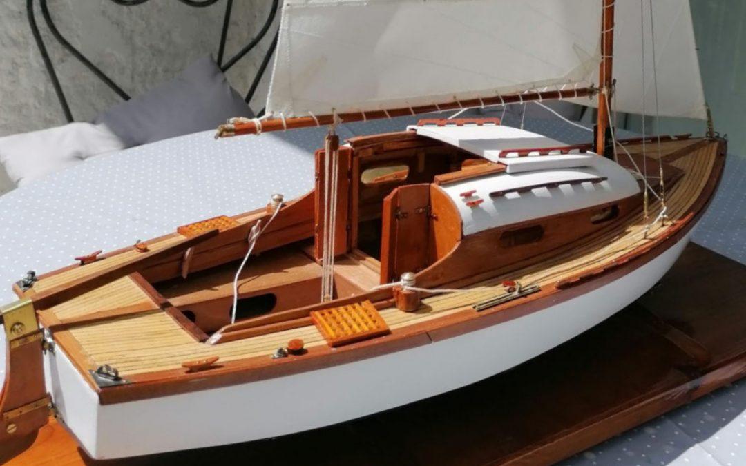 Maquette de Bélouga – Bateau de plaisance – Voilier croiseur côtier – Sloop – Plan Eugène Cornu
