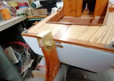 galerie construction, ferrure gouvernail de maquette de Bélouga,bateau de plaisance,voilier croiseur côtier
