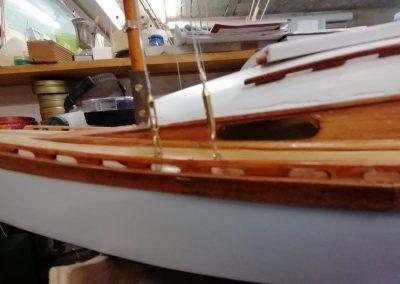galerie construction, haubans de maquette de Bélouga,bateau de plaisance,voilier croiseur côtier