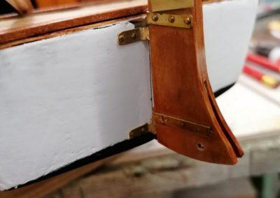galerie construction, gouvernail sans le safran de maquette de Bélouga,bateau de plaisance,voilier croiseur côtier