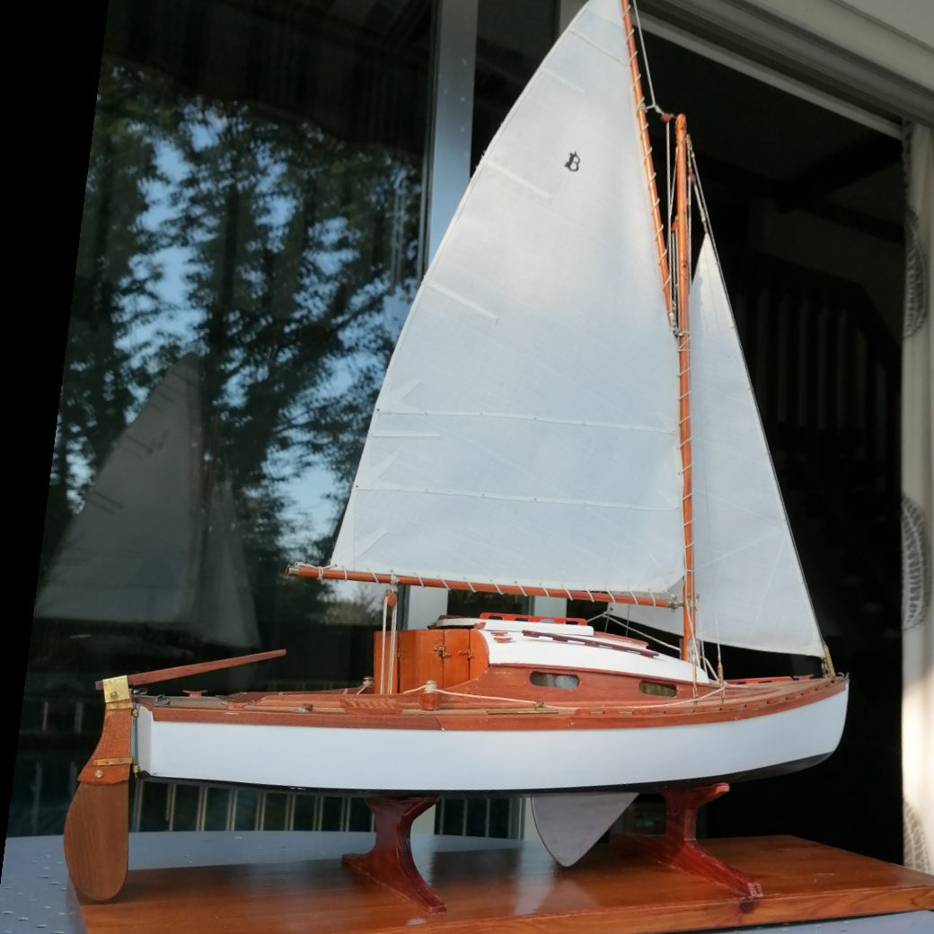 Maquette de Bélouga - Bateau de plaisance - Voilier croiseur côtier - Sloop - Plan Eugène Cornu